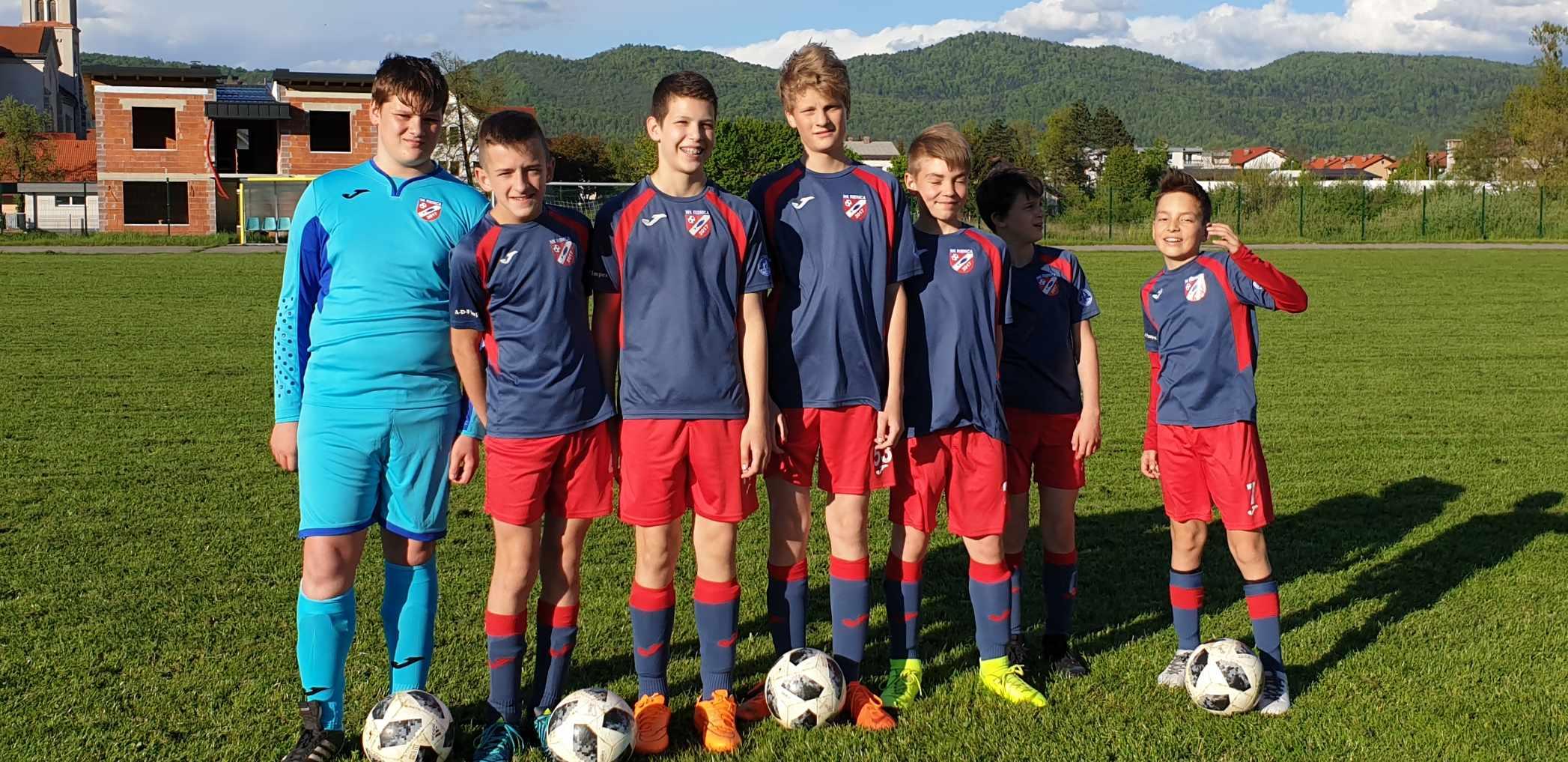 Nogometaši NK Ribnice pred zaključkom izjemno uspešne nogometne sezone